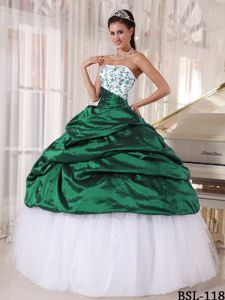 Taffeta and Tulle Embroidery Quinceanera Dress in Green and White