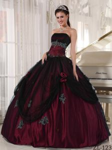 Black and Burgundy for Beading Appliques and Flower Dresses For 15