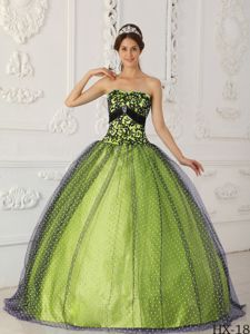 Black and Spring Green Quinceanera Party Dress with Appliques