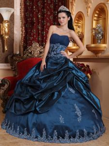 Plus Size Navy Blue Appliqued Sweet 16 Party Dress for Wholesale