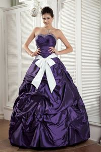 Dark Purple Sweetheart Pick-ups Quinceanera Dresses with White Bow