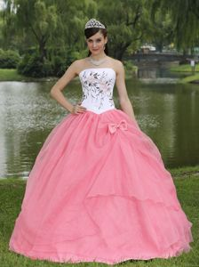 Pink and White Embroidery Strapless Quince Dresses with Bow