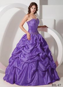 Best Purple Sweetheart Taffeta Pick-ups Beading Quince Dresses
