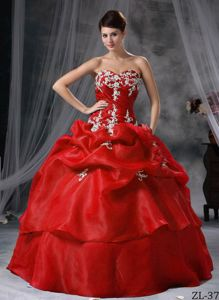 Red Puffy Sweetheart Appliques and Pick-ups Tiered Quince Dresses