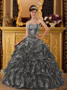 International Pageants Dark Green Sweetheart Organza Ruffles Dress for Quinceaneras