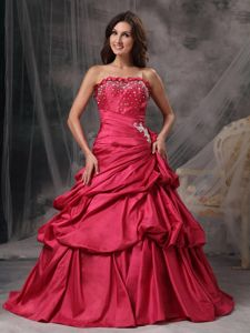 Red Strapless Appliques Dresses for Quinceanera with Floor-length