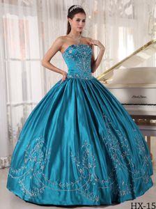 Teal Strapless Ball Gown Quinceanera Gown Dress with Embroidery
