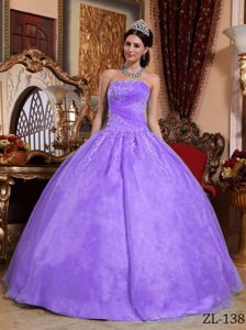 Light Purple Strapless Ruched Bust Ball Gown Dress for Quince