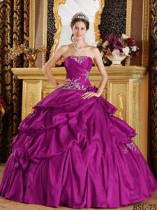 Fuchsia Strapless Appliques Pick-ups and Pleats Dress for Quince