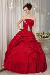 Red Taffeta Appliques Quinceanera Gown Dresses with Pick-ups