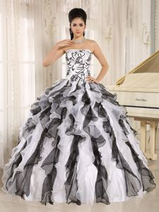 Black and White Organza Sweet Sixteen Dresses with Ruffles