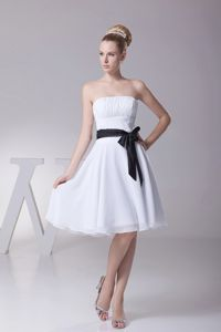 White Knee-length Chiffon Dama Dress with a Black Sashes