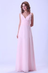 Baby Pink Chiffon Dama Quince Dress with Pleat in V-neck