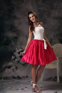 White and Hot Pink A-line Straps Mini-length Quince Dama Dresses