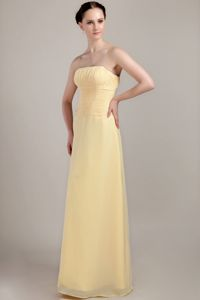 Light Yellow Column Strapless Floor-length Chiffon Ruched Dama Dress