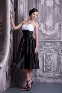 Graceful White and Black Spaghetti Straps Knee-legnth Dama Dress
