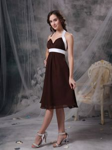 Brown and White Cheap Halter Chiffon Knee-length Dama Dresses