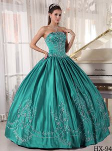Recommended Embroidery Strapless Sweet 15 Dress Floor-length