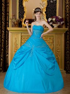 Blue Ball Gown Strapless Taffeta Sweet 16 Dresses with Appliques