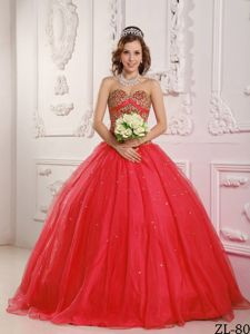 the Brand New Style Beaded Sweetheart Tulle Quince Dress in Red