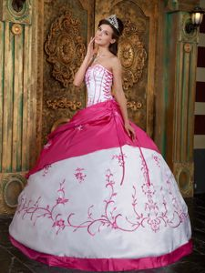 New White and Hot Pink Quinceanera Party Dress with Embroidery