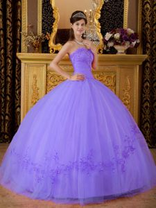 Graceful Tulle Sweetheart Appliques Sweet 16 Dresses in Lavender