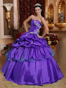 Purple Strapless Pick-ups Pick-ups Pleated Quinceanera Dresses