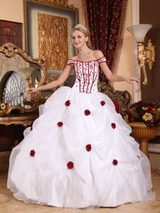 White off the Shoulder Pick-ups with Red 3D Flowers Quince Dress
