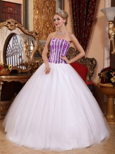 Simple Beading Strapless Purple and White Pleated Quince Dresses