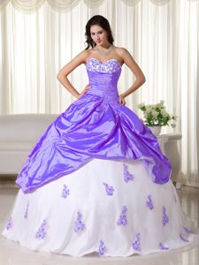 Light Purple and White Sweetheart Pick-ups Appliques Dress Quince