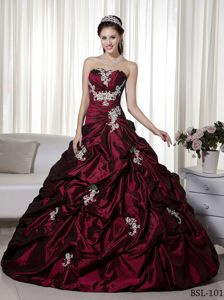 Cheap Taffeta Pick-ups Appliqued Burgundy Sweet 16 Dresses