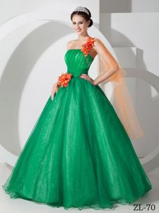 Wonderful One Shoulder Green Quinceanera Gowns with Flowers