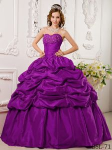 Pick-ups Beaded Sweetheart Eggplant Purple Quinceanera Gowns