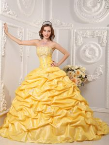 Gorgeous Pick-ups Beaded Yellow Quinceanera Dress Court Train
