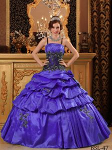 Spaghetti Straps Pick-ups Appliqued Purple Sweet 15 Dresses