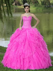 Beaded Ruffled Hot Pink Dresses for Sweet 16 with Corset Back