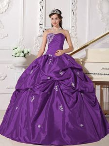 Purple Strapless Pic-ups and Appliques Ball Gown Dresses of 15