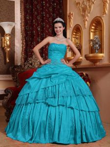 Strapless Appliques Pleated Tiered Pick-ups Taffeta Sweet 15 Dress