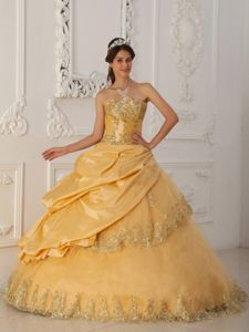 Strapless Floor-length Quinceanera Gown Dresses with Beading