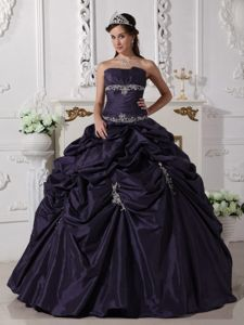 Dark Purple Quinceanera Dress with Appliques in Taffeta