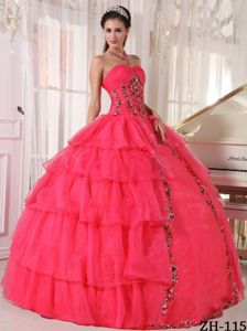 Cheap Coral Red Sweetheart Quinceanera Dress with Appliques and Layers