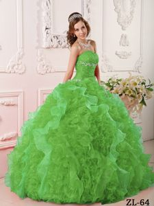 Green Sweet Sixteen Quinceanera Dresses with Sweetheart Neck and Ruffles