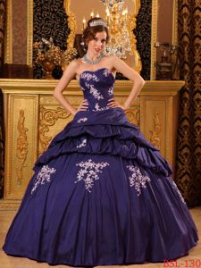 Dark Purple Taffeta Sweetheart Quince Gown with Beading and Appliques