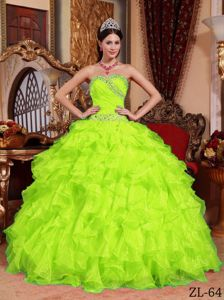Yellow Green Organza Quinceanera Dress with Sweetheart Neck and Beading