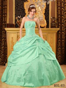 Apple Green Quinceanera Dress by Taffeta with Beading and Pick-ups