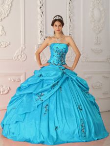 Plus Size Aqua Blue Pick Ups Appliqued Sweet Sixteen Dresses