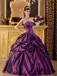Dark Purple Appliqued Taffeta Pick-ups Sweet 16 Dresses