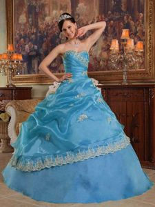 Beautiful Aqua Blue Sweet 15 Dresses with Appliques and Ruches