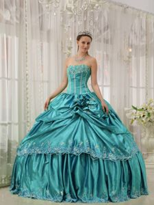 Custom Made Pick-ups Dresses Quinceanera with Appliques in Teal