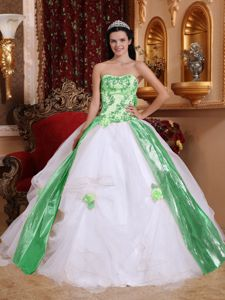 White and Green Quinceanera Party Dress with Appliques in Fashion